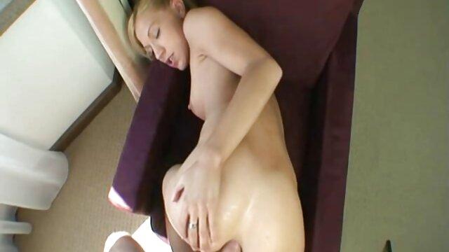 آماتور آسیایی مقعد sex زن زیبا تهاجمی را امتحان می کند