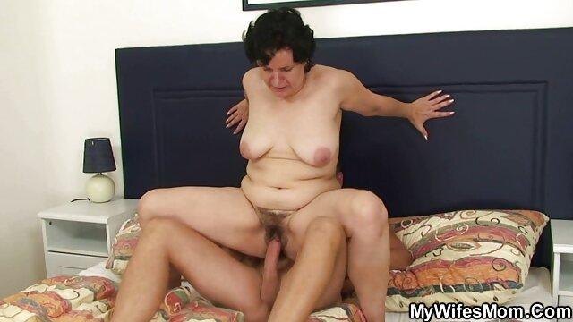 Pawn ، نوجوان XXX-Ginger ، دالی سعی می کند کایاک خود را بالا ببرد ، و با Selly پایان می یابد فلم سکس دختر زیبا