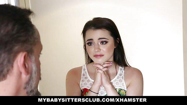 بزرگسالان سارا جی را سیکس قشنگ بخاطر لعنتی کردن همجنسگرا نینا کای زیر دوش جایزه می گیرد